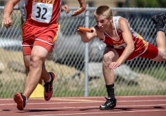 Avon's Wyatt Duncan, 32, and Tate Wynia compete during the first day of the Class B state track meet at Howard Wood on Friday in Sioux Falls. (Matt Gade / Republic)